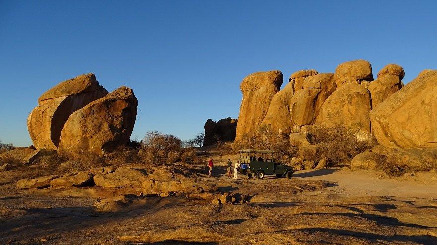 Namibia Erongo-Gebirge Felsen Granit Sonnenuntergang Sundowner