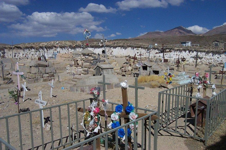 Parinacota Friedhof anden altiplano chile norden