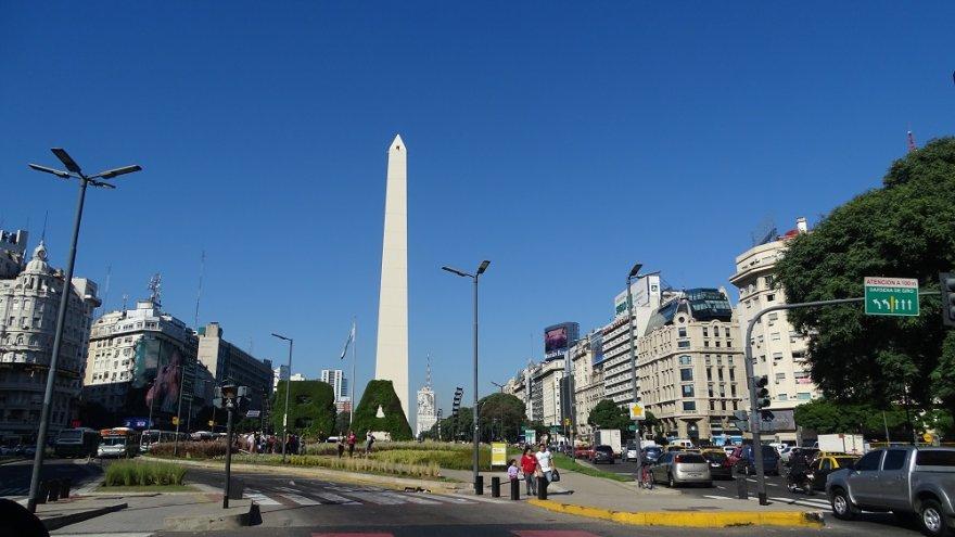 Obelisk Avenida 9 de Julio Buenos Aires Argentinien