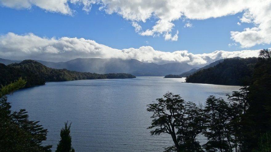 Lago Espejo Sieben Seen Patagonien Ruta 40 Argentinien
