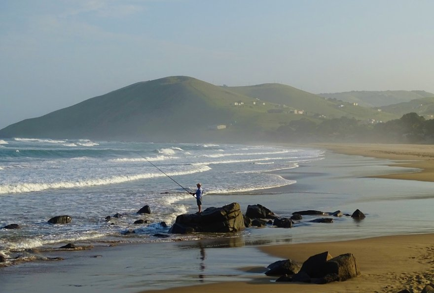 Südafrika Wild Coast Angler am Strand