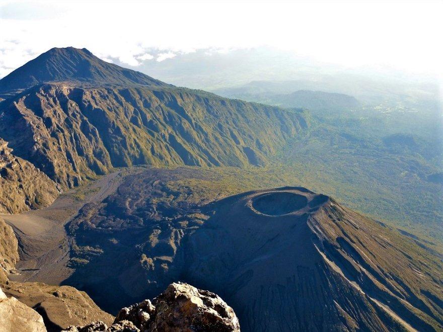 Tansania Mount Meru Krater Arusha Nationalpark