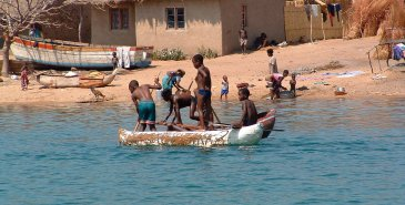 Malawi Lake Village
